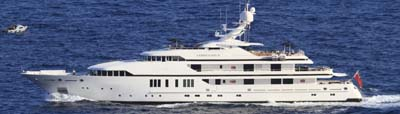 http://theyachtphoto.com/100/CandyscapeII.jpg